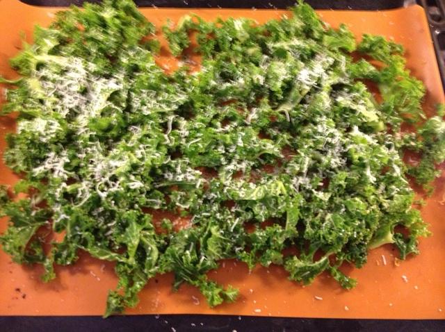 Cheesey Kale Crisps